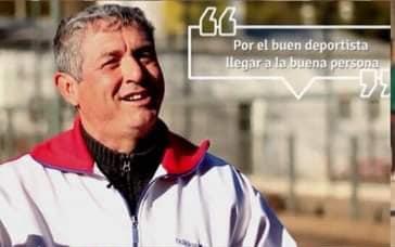 El adiós al profesor Juan Alberto Farías 18