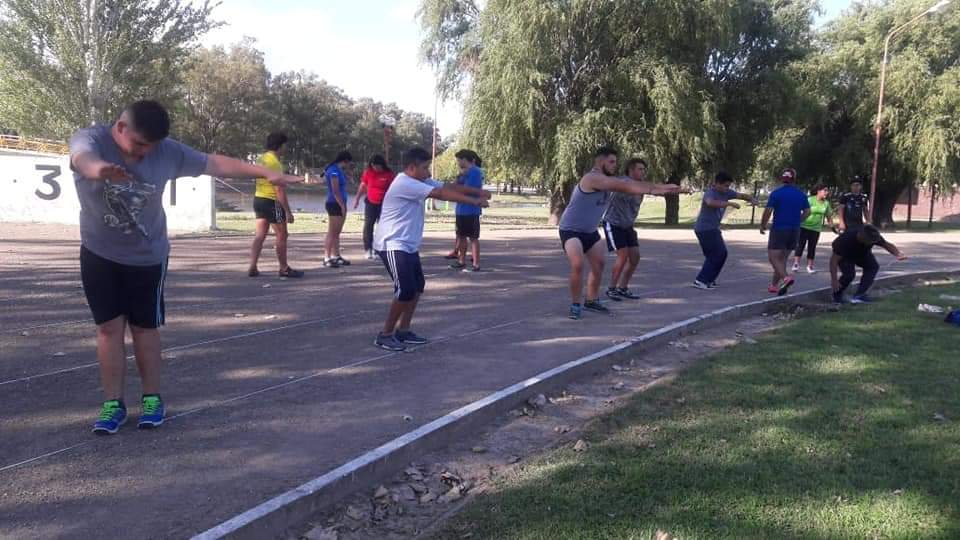 CAMPAMENTO DE LANZAMIENTOS EN AZUL 2