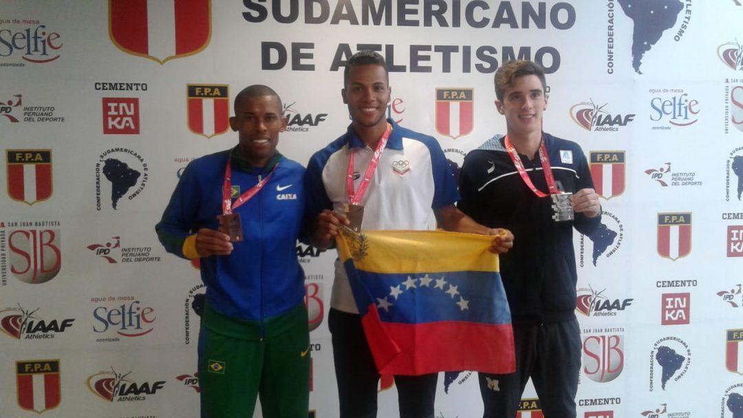 Las primeras medallas argentinas, en 1500 y disco 2