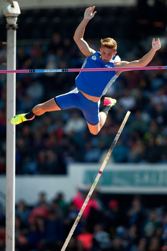 Zaffaroni pasó los 5,12 m. en garrocha 1