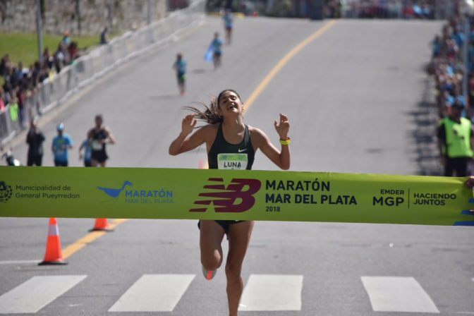 Luis Molina y Sofía Luna se llevaron el maratón de Mar del Plata 1